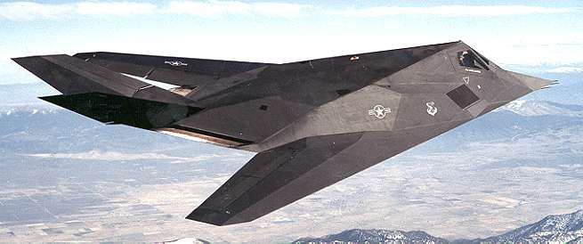 [F-117A in flight.(LMSW)]
